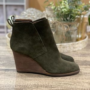 🆕 Lucky Brand Yameena Suede Wedge Ankle Bootie